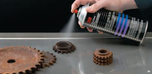 3M Citrus Cleaner removes grease from car parts and tools
