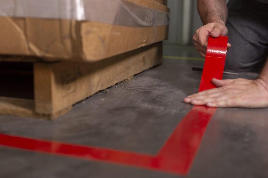 3M Hazard Warning Tape 764 маркираща лента за под, червена
